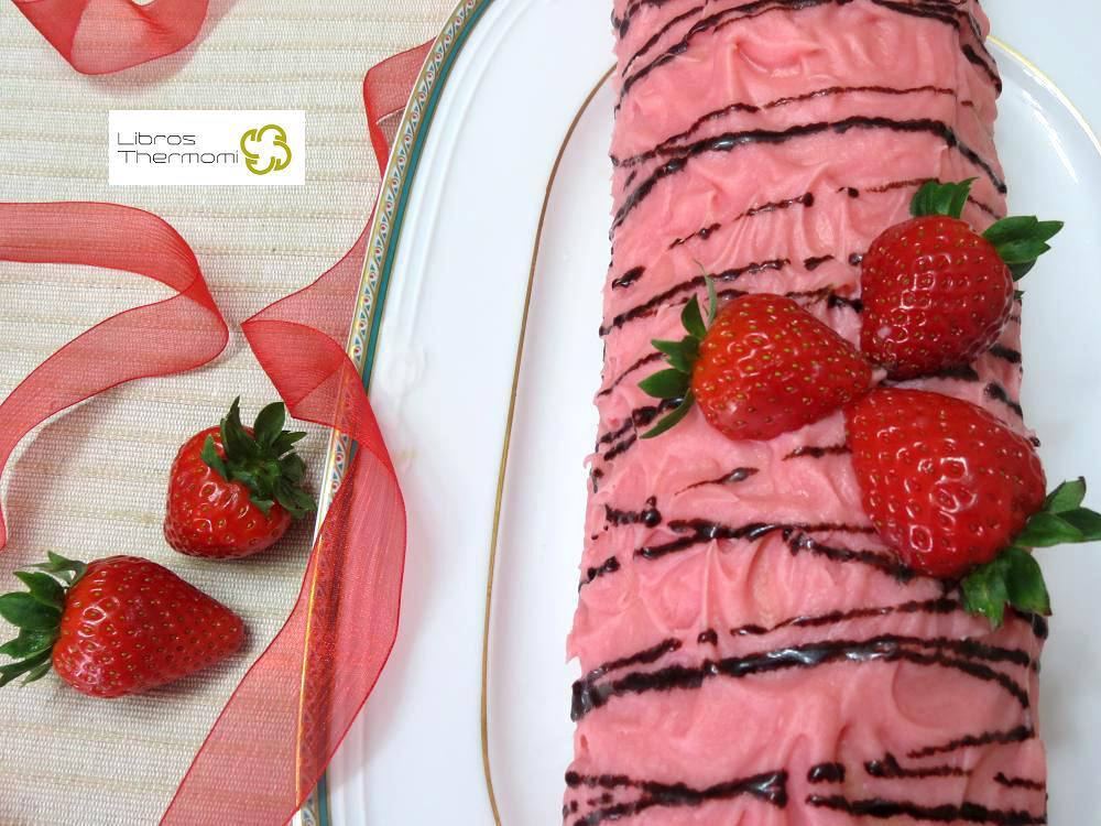 Brazo relleno de trufa y fresas con thermomix