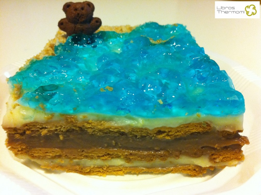 Corte Tarta Playa de galletas y crema